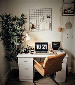6 Tips Untuk Membuat Meja Anda Lebih Menarik