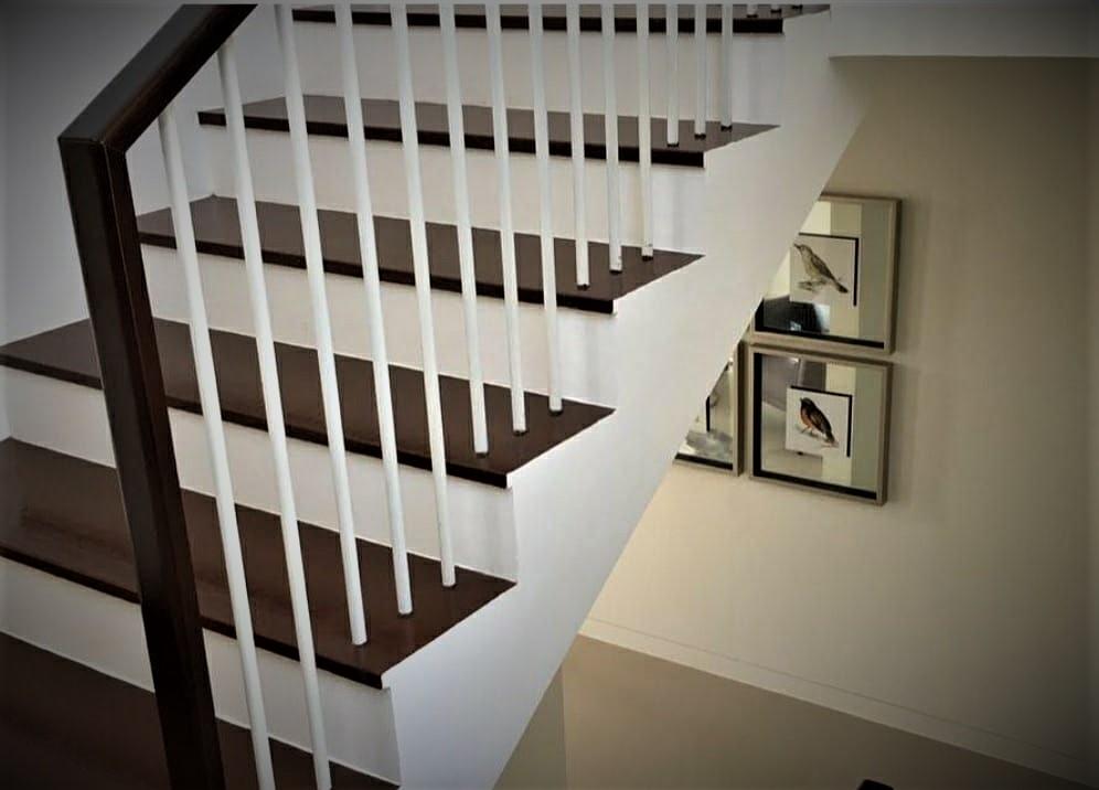 Rekomendasi Dekorasi Tangga Di Rumah